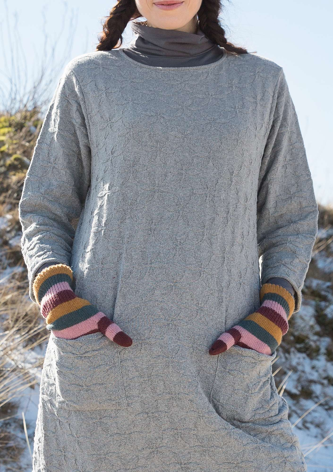 Alpaca blend gloves with touchscreen function multicolored