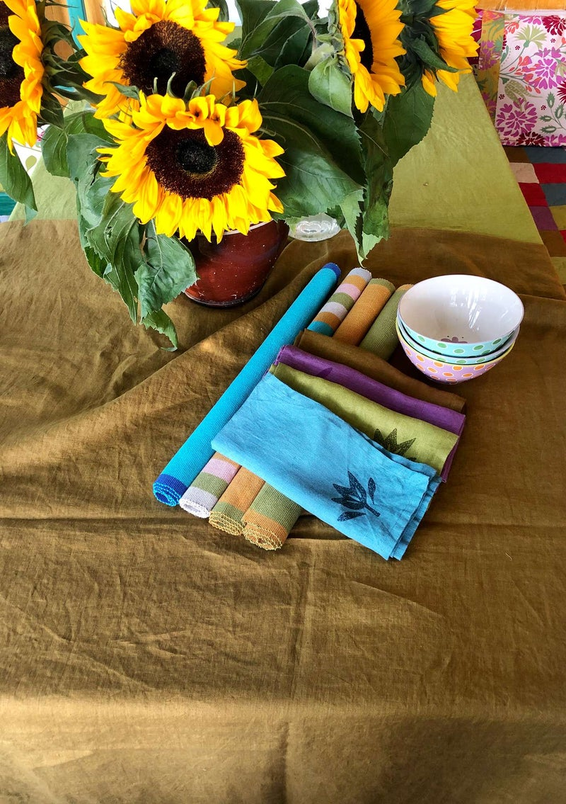 Washed linen tablecloth brass