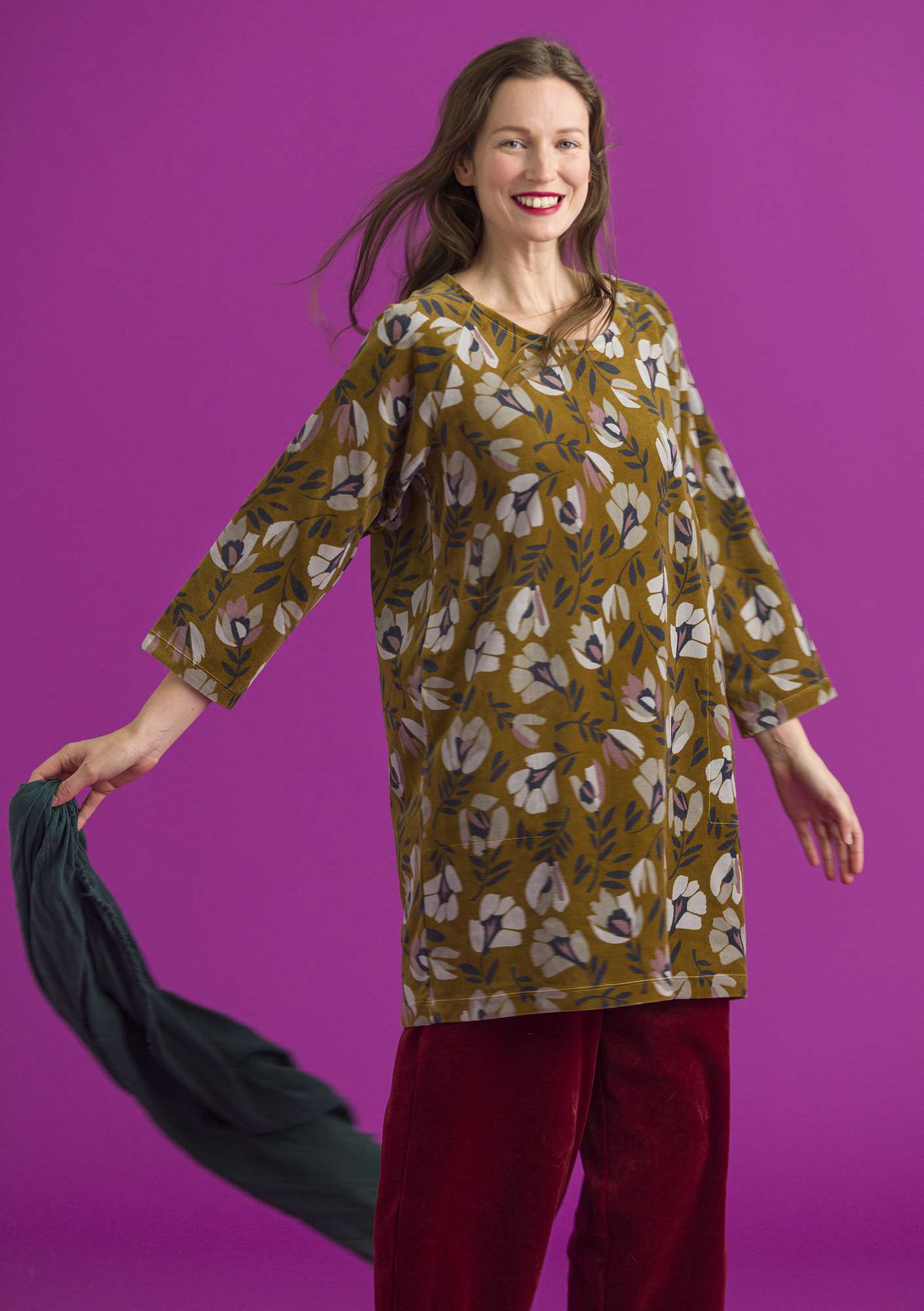 """Vurma"" velour tunic in organic cotton/polyester ochre/patterned"