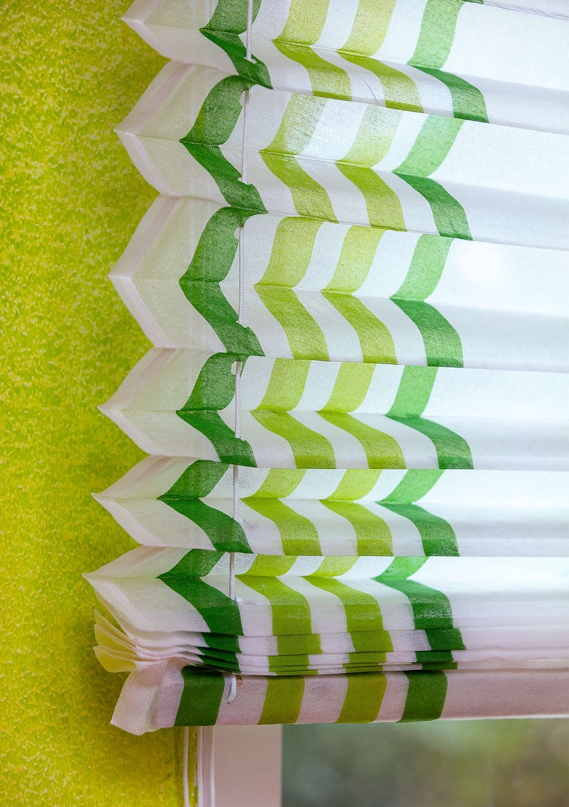 """Balans"" narrow tie-up blind made of cotton organdie tropical green"