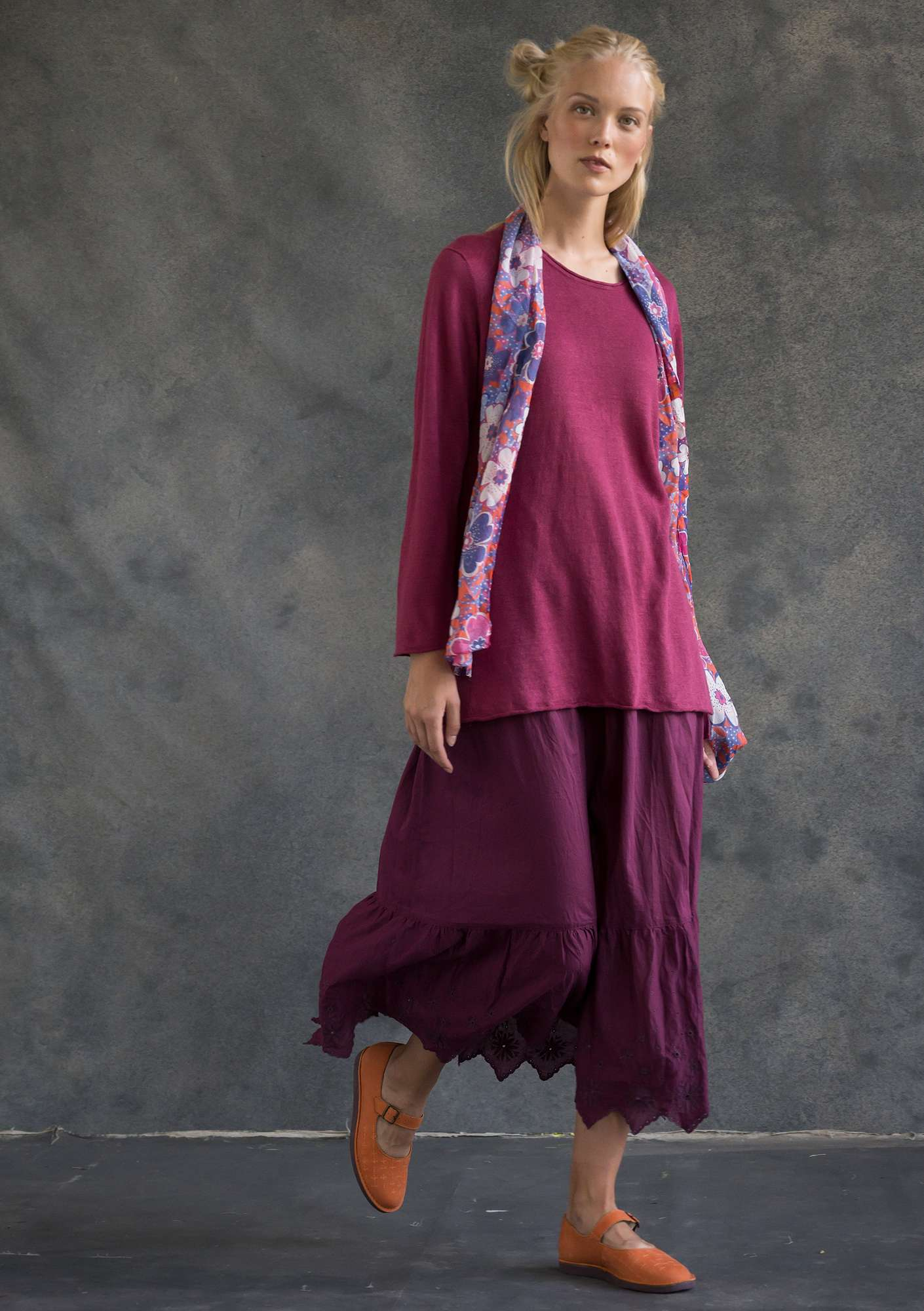 Knit tunic in organic linen dark hibiscus