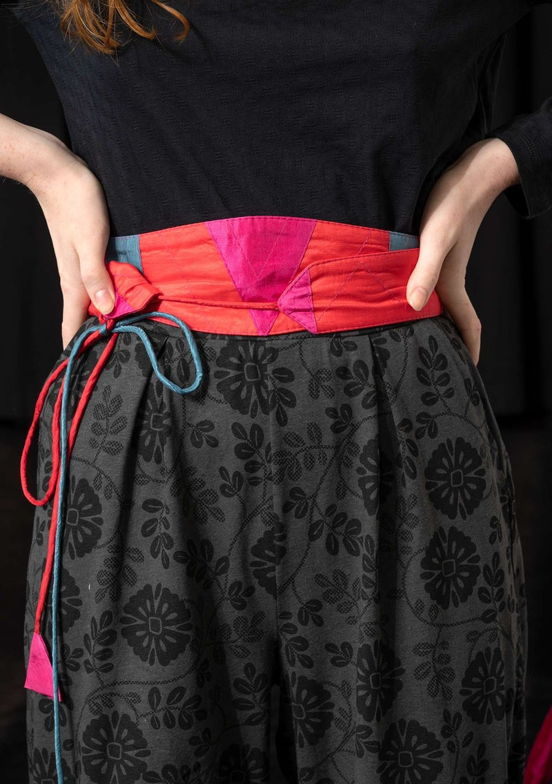 """Isolde"" silk belt wild strawberry"