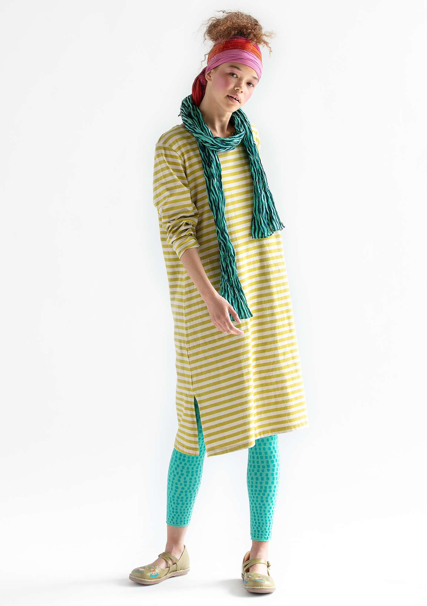 Striped dress in organic cotton guava/putty