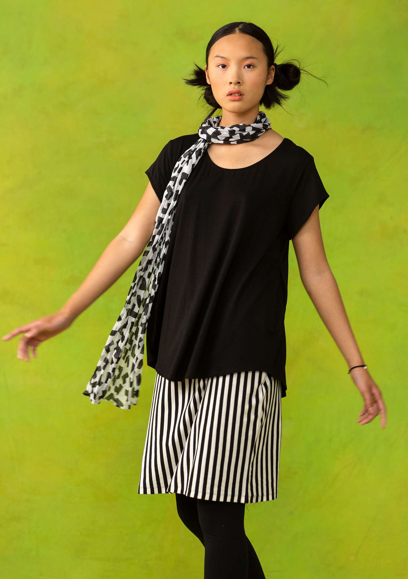"""Molly Dolly"" top in lyocell/spandex black"