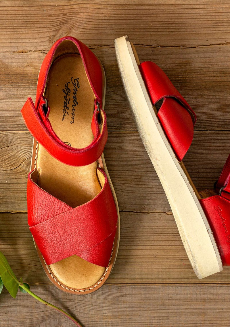 Nappa sandals bright red