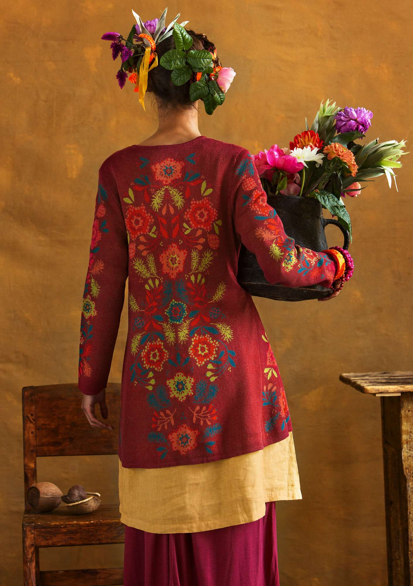 """Tagetes"" cardigan is crafted from linen/organic cotton/recycled cotton pomegranate"