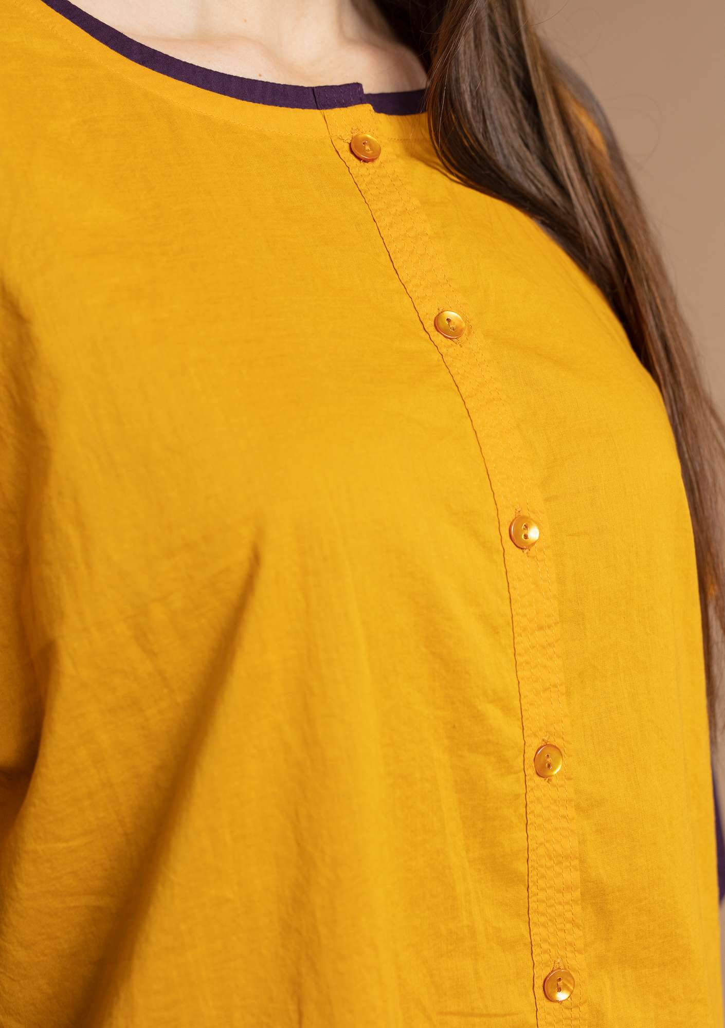 """Rigmor"" blouse in eco-cotton gold ocher"