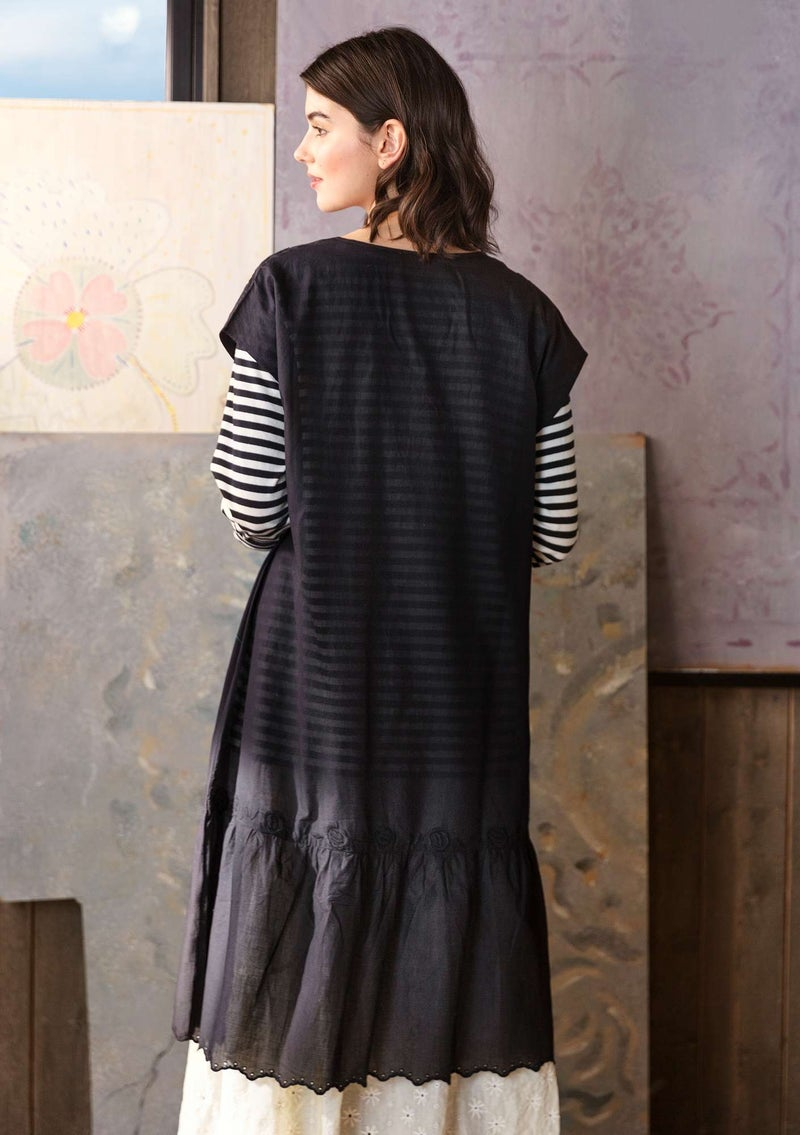 Woven dress in organic cotton black