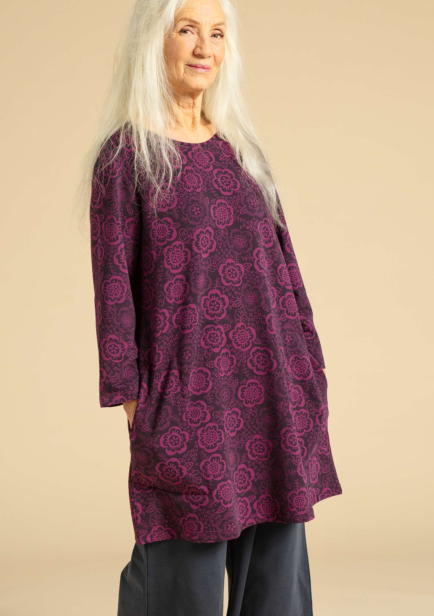 """Liz"" tunic in organic cotton/modal/elastane ink blue"