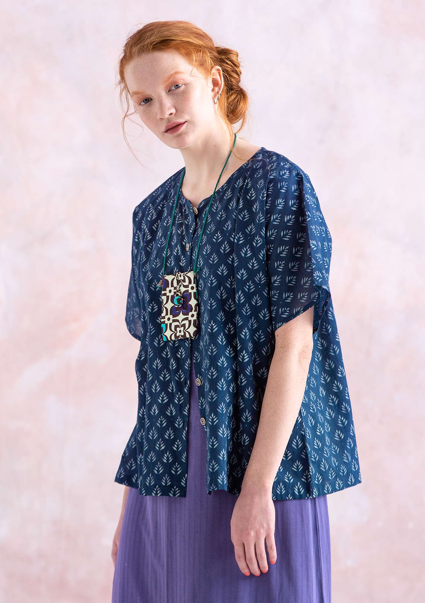 """Soho"" blouse in eco-cotton indigo"