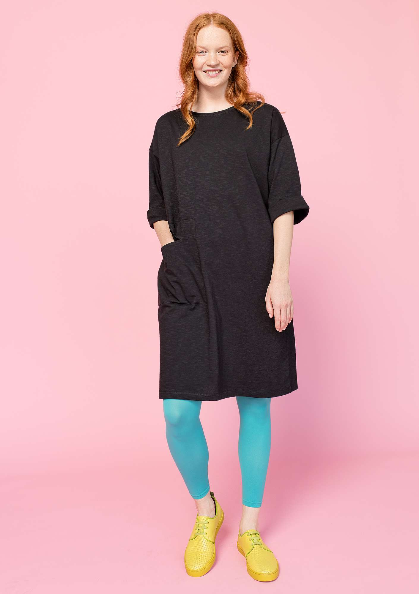 Dress in organic cotton black