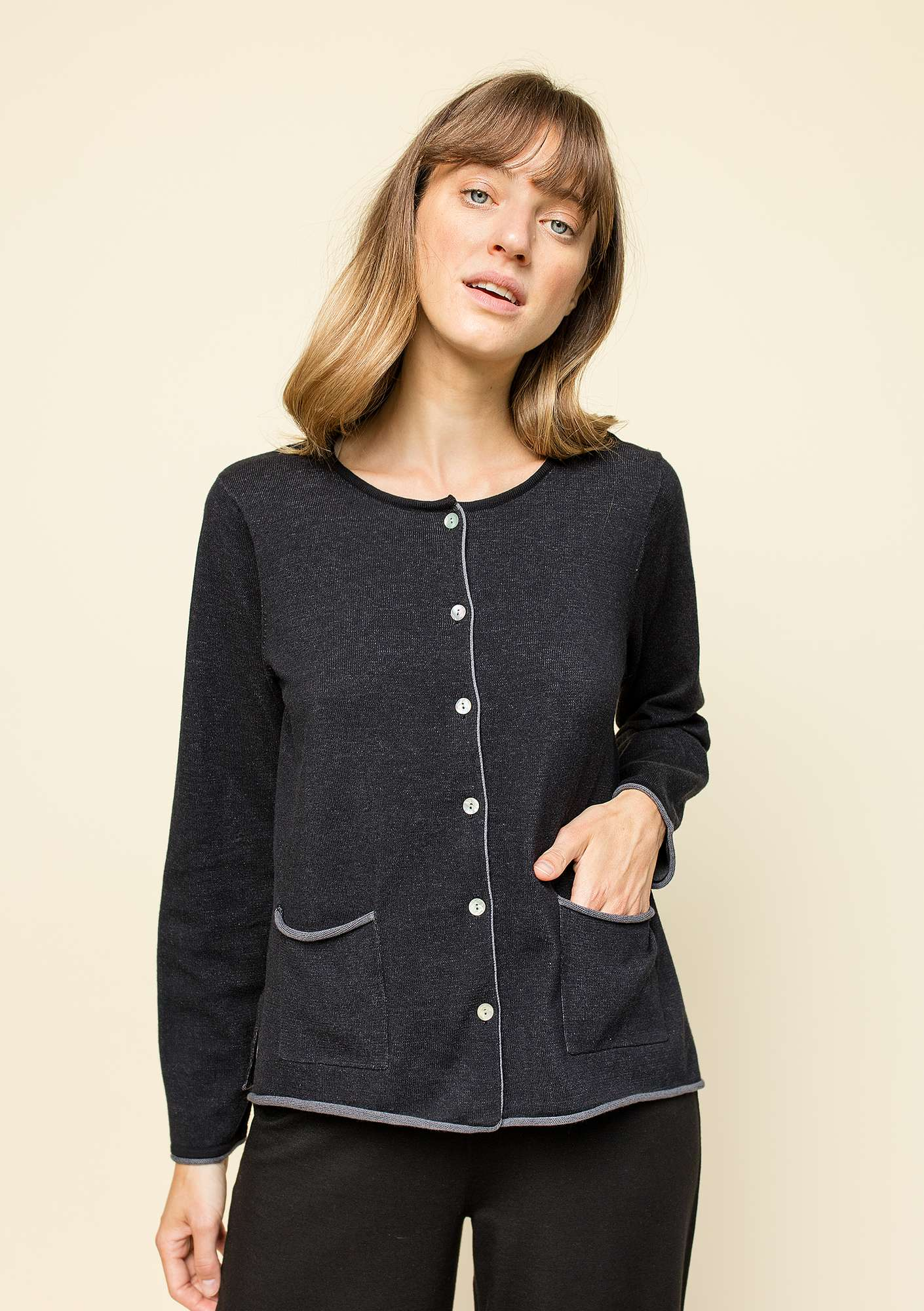Plated cardigan in organic cotton black