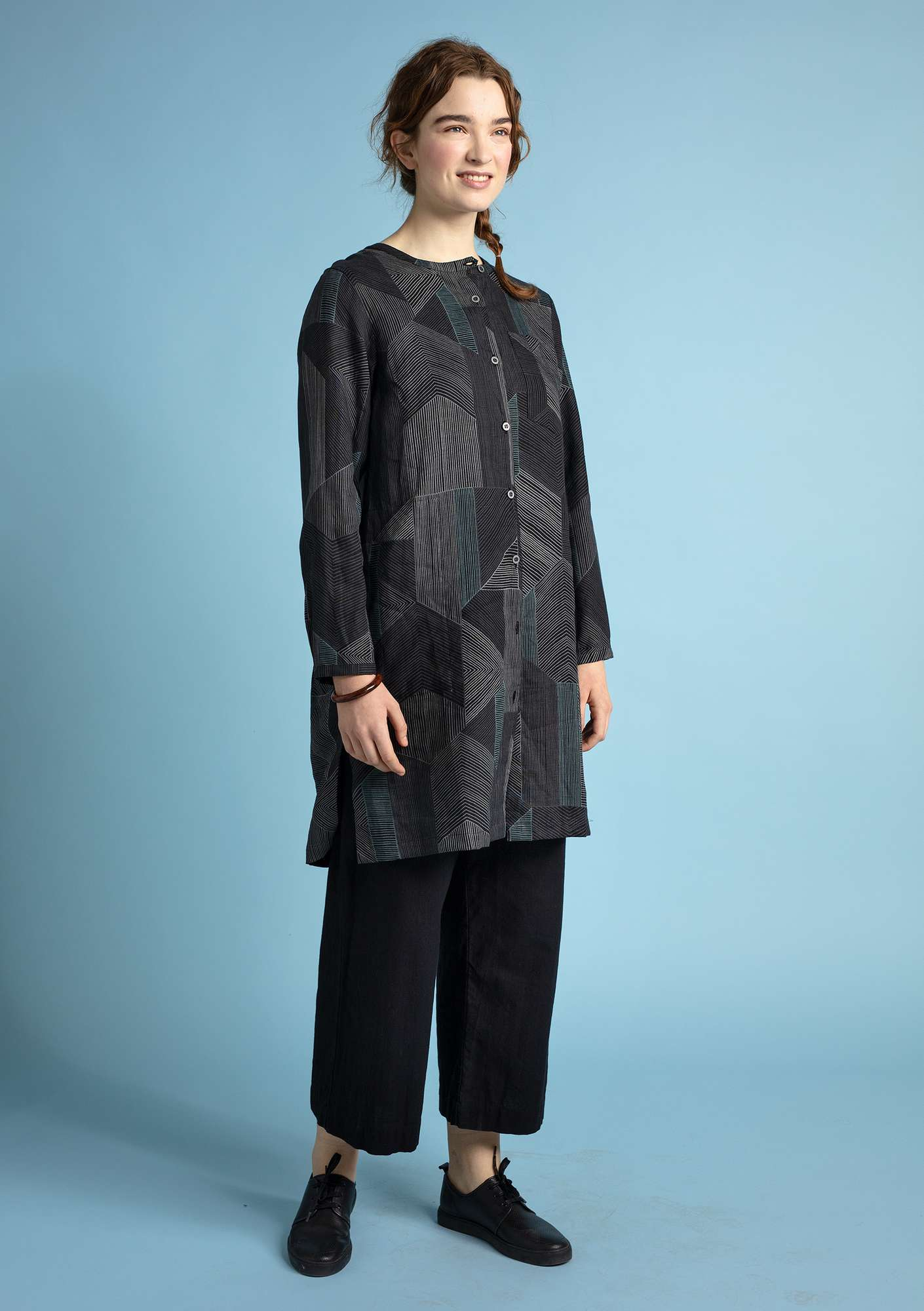 """Octo"" shirt dress in lyocell/linen black"